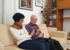 Fare ricerca (sociale) con le persone anziane durante il periodo di confinamento. Lo studio longitudinale La qualità della vita degli anziani durante il Covid-19